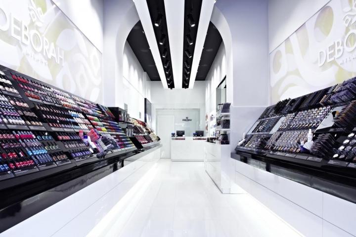 deborah-milano-flagship-store-1369204317-0