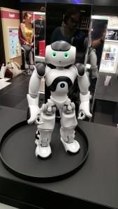 robot-nao-retail-intelligence